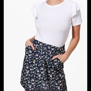 Boohoo Floral Print Skirt with Pockets