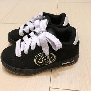 Heelys hurricane sneakers for boys or girls
