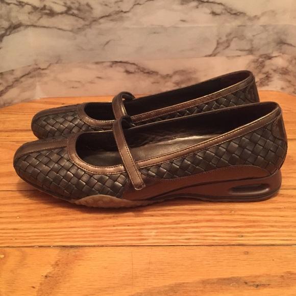 Cole Haan scarpe Dark   Air Bria Dark scarpe marrone Mary Janes   Poshmark dc9116