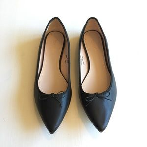 NWT Topshop Pointed Toe Black Ballet Flats w/ Bow