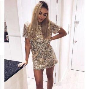 Dresses & Skirts - Aidan Mattox Gold Sequin Dress