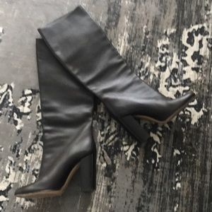 Bally Shoes - BALLY Leather Pull On Boots EUC SZ 40