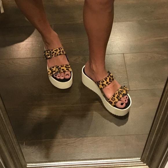 205dc42e2f ZARA Cheetah print platform sandals. M_5a05005a4e8d1798d105697f