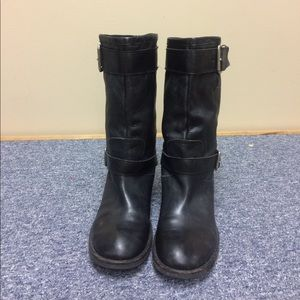 Black 3/4 length boots