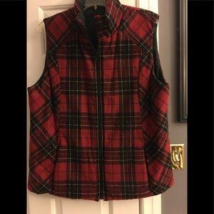 Pendleton Reversible Plaid Wool Vest in Size Large