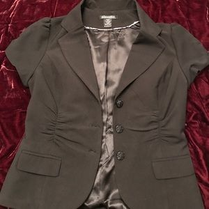 Black short sleeved blazer