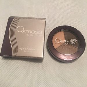 Osmosis bronzed cocoa eye shadow