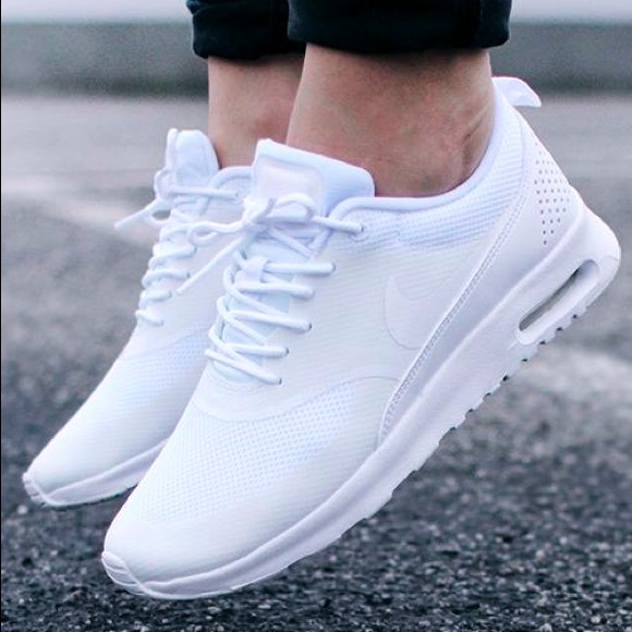 Nike Women's Air Max Thea Casual Shoes, White