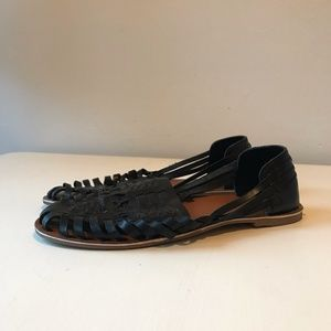Urban Outfitters Huarache Leather Sandals sz 9
