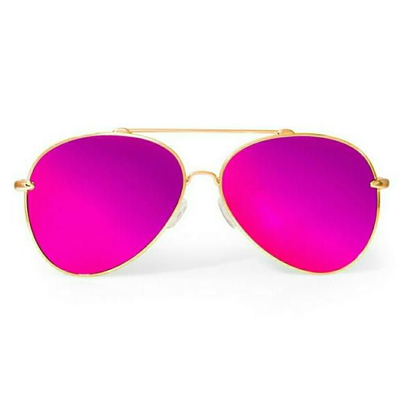 2eeab72e506 AQS Accessories - AQS Tommie Aviator Sunglasses- unisex NWOT