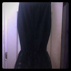 Dresses & Skirts - Mermaid 🧜♀️ style Midi Skirt