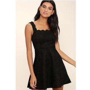 NWT Lulu's Atta Twirl Suede Dress in Black