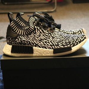 low cost 68ac7 06ffa adidas Originals NMD R1 Men s Running Shoes Footaction