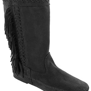 Minnetonka 1699 Luna BLK Suede Moccassin boot