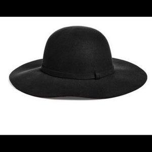 Floppy Brim hat