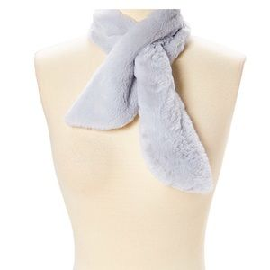 Gray Faux Fur Pull-Through Scarf