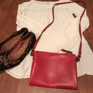Old navy faux leather crossbody