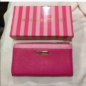 Victoria Secret Side Zip Wallet