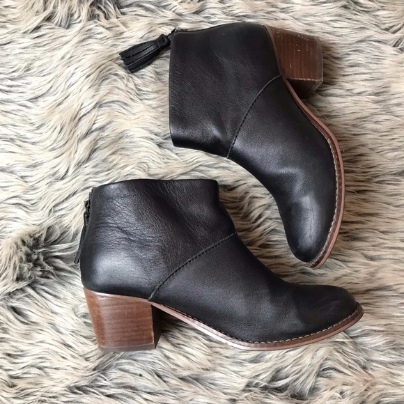 f351b0fbe7e TOMS Leila Ankle Boots Black Leather Booties 5.5. M 5a053275981829f51f0686e5