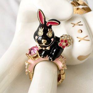 Betsey Johnson 🎀 Black Rabbit Floral Stretch Ring