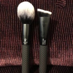 Moda Pro Brush Set