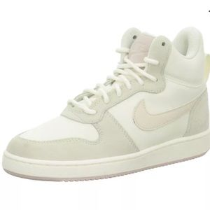 Nike Sail/Lt Orewood Court Borough Mid Pr Trainers
