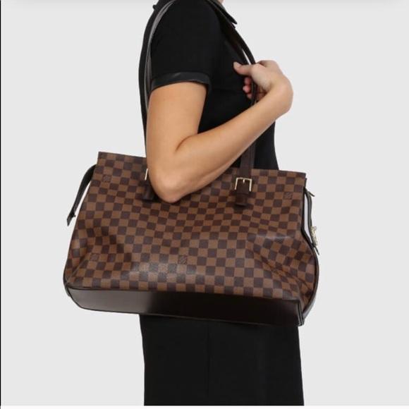 5eed3539cccce Louis Vuitton Handbags - Authentic Louis Vuitton Damier Ebene Large Chelsea