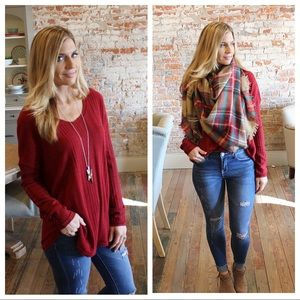 Tops - Deep red long sleeve ribbed soft knit tunic