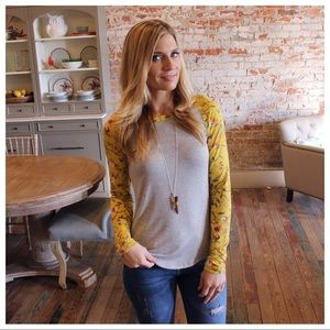 Tops - Heather gray yellow floral sleeve raglan top