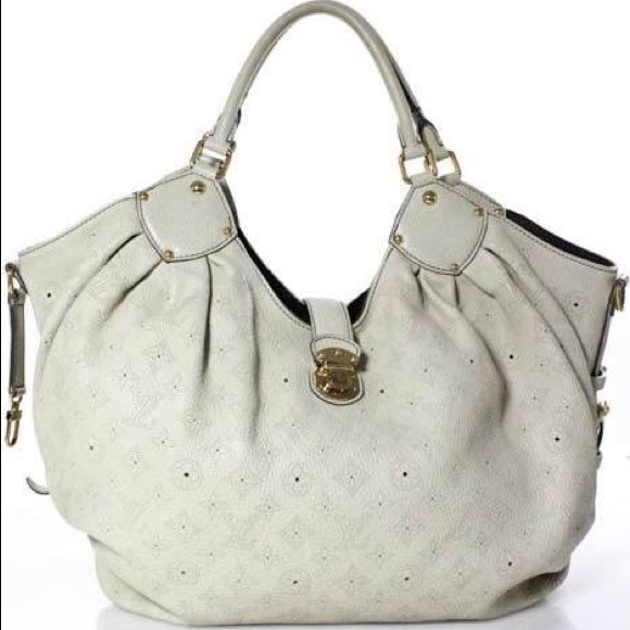 Louis Vuitton Handbags - Louis Vuitton Mahina XL Ivory/White Bag