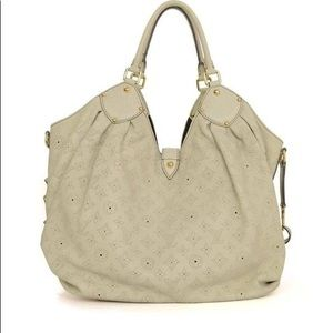 Louis Vuitton Bags - Louis Vuitton Mahina XL Ivory/White Bag