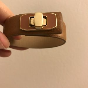 Banana Republic cognac leather turnlock bracelet