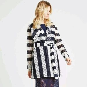 BCBG LACE TRENCH COAT belted Navy Blue White NWT S