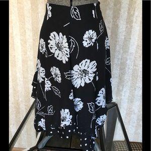 Jones New York Signature silk skirt.