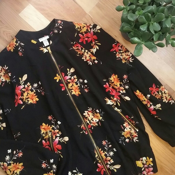 cb291128daa67 Ava   Viv Jackets   Blazers - Ava   Viv Black Floral Bomber Jacket - 1X