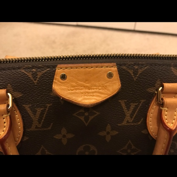 31416dda5c36 Louis Vuitton Turenne mm. M 5a05c2c336d5947c8307b503