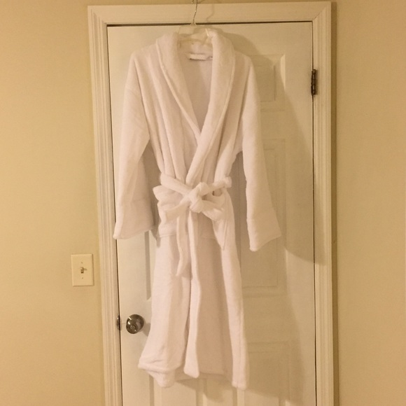 big clearance sale save up to 80% outstanding features NEW White Cotton Bath Robe Small Medium Wamsutta