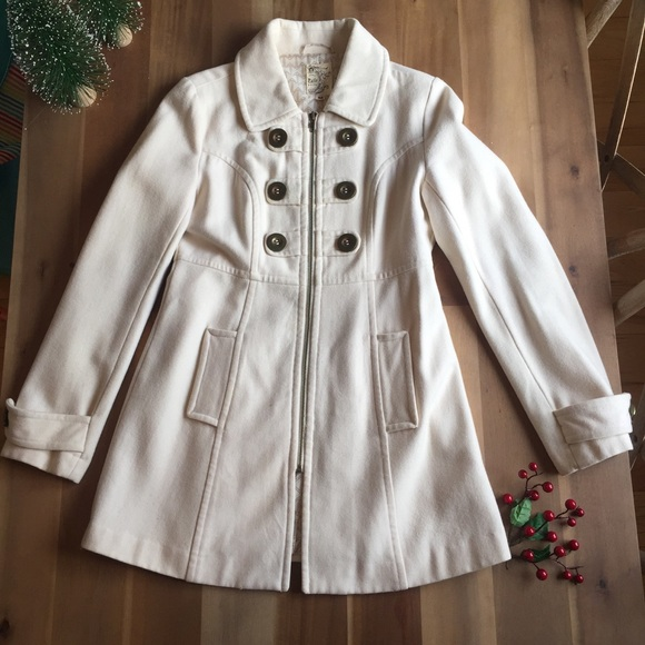 Anthropologie - Anthropologie Tulle cream colored pea coat from ...