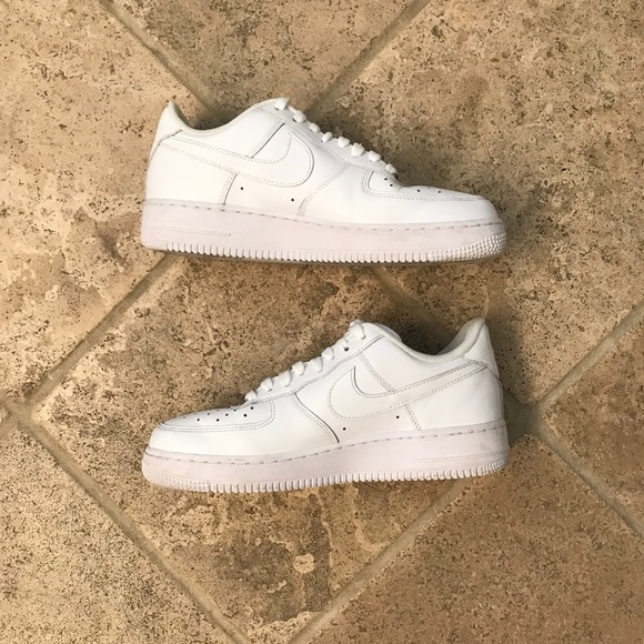 new style 2c058 017ae Nike Air Force 1 Low White womens size 10 EUC