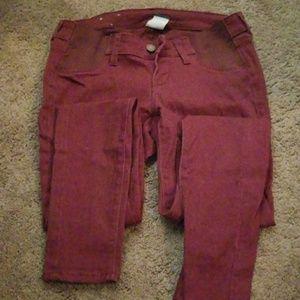 Pants - Old navy maternity skinny jeans