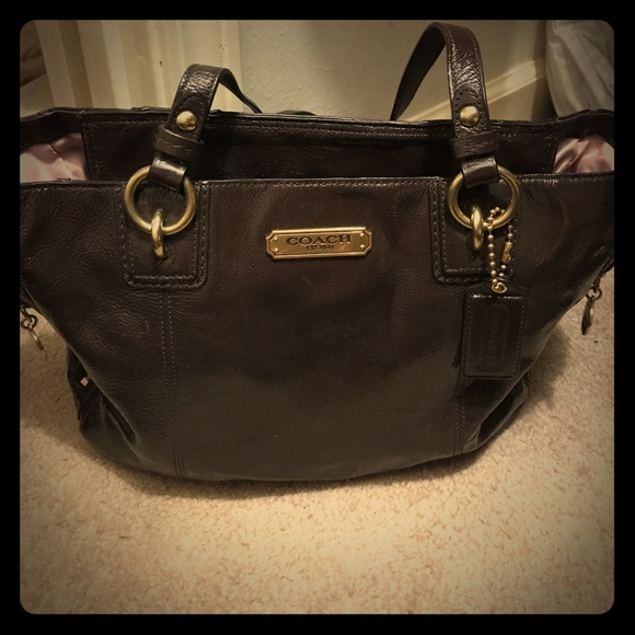 9496cb8a Dark brown leather Coach bag