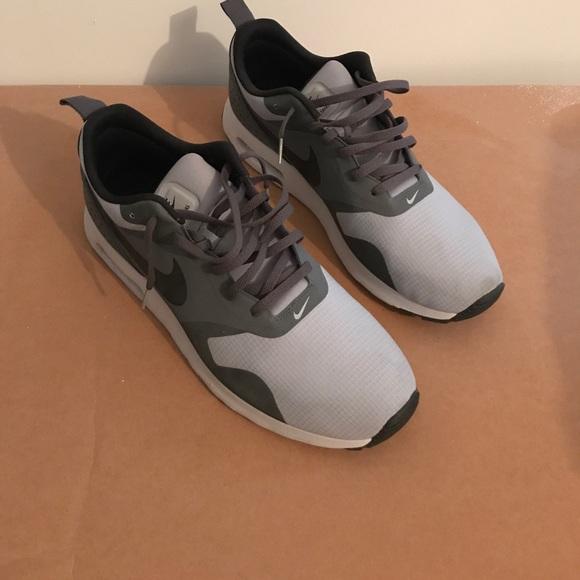 hot sale online fcaaa 29667 Men s Nike Air Max Tavas Shoes. M 5a05e3abea3f3631c8084b04
