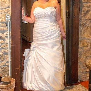 Satin Mermaid Corset White Wedding Dress Plus Size