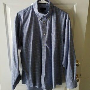 Lands End long sleeve men's button up dress shirt