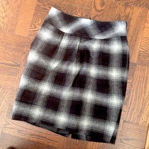Wool Blend Gray & Black Plaid Mini  w/ Pockets