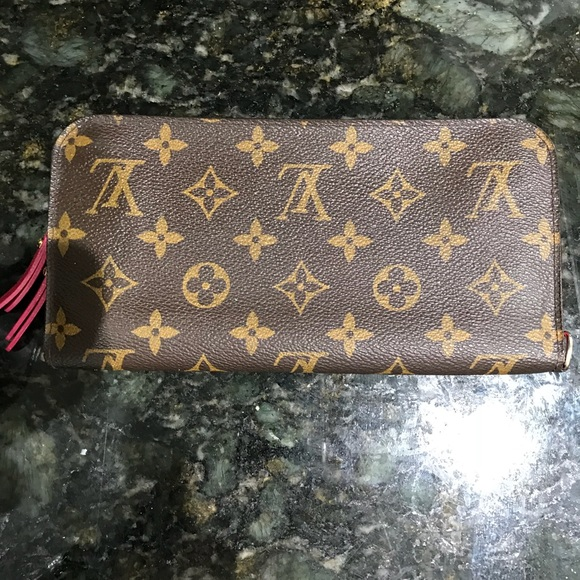 cf0158e14c0 Louis Vuitton Handbags - Louis Vuitton Insolite Wallet Hot Pink Interior