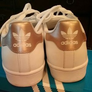 Le Adidas Superstar Rose D'oro Numero 75 Poshmark