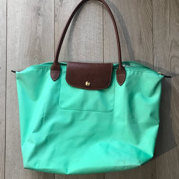 4f8891c501 Longchamp Handbags - Longchamp large Le Pliage tote in mint green