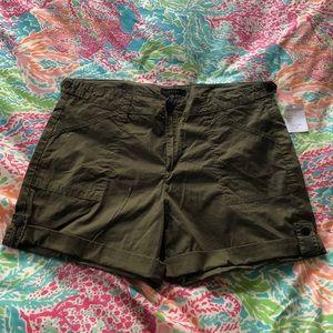 NWT olive green sanctuary shorts