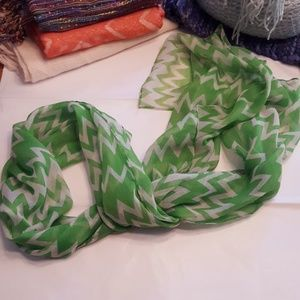 Accessories - Sheer green and white chevron scarf